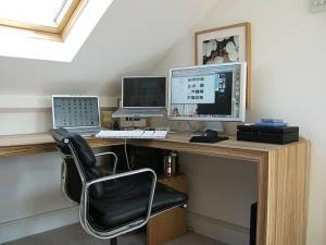 Office at home of Telecommuting employee accidents - can control safety